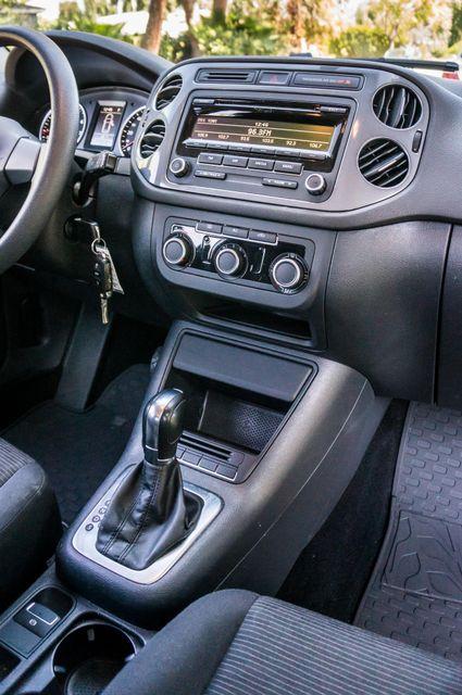 2012 Volkswagen Tiguan S Reseda, CA 20