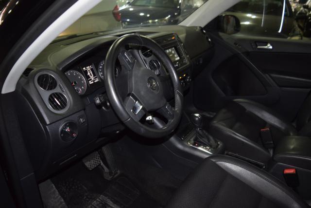2012 Volkswagen Tiguan SE w/Sunroof & Nav Richmond Hill, New York 13