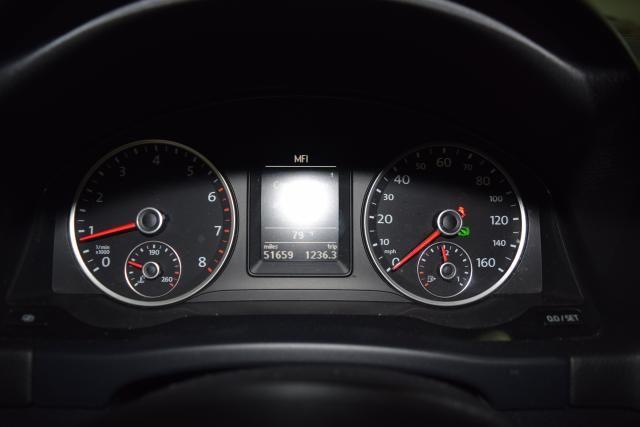 2012 Volkswagen Tiguan SE w/Sunroof & Nav Richmond Hill, New York 14