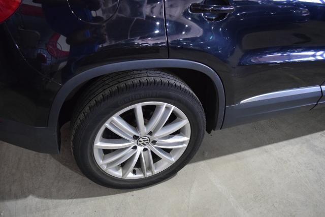 2012 Volkswagen Tiguan SE w/Sunroof & Nav Richmond Hill, New York 5