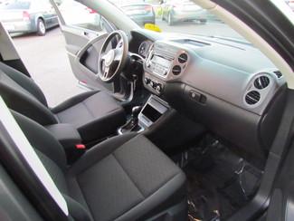 2012 Volkswagen Tiguan S Very Low Miles 50K Sacramento, CA 16