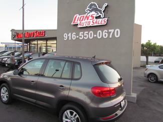 2012 Volkswagen Tiguan S Very Low Miles 50K Sacramento, CA 7
