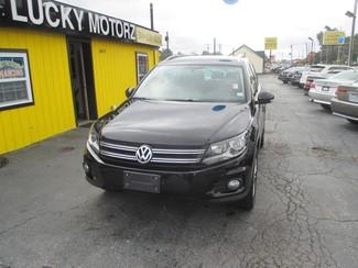 2012 Volkswagen Tiguan SE Saint Ann, MO 1
