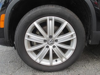 2012 Volkswagen Tiguan SE Saint Ann, MO 30