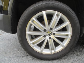 2012 Volkswagen Tiguan SE Saint Ann, MO 32