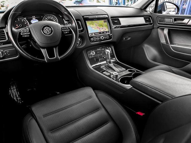 2012 Volkswagen Touareg Sport w/Nav Burbank, CA 6