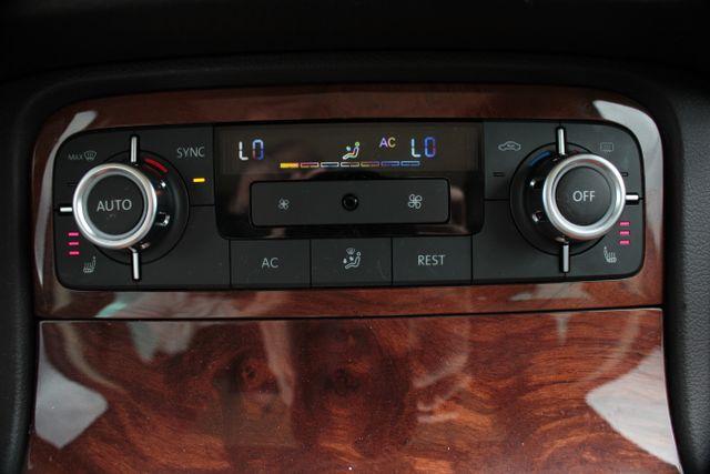 2012 Volkswagen Touareg Lux - Nav - Sunroof Mooresville , NC 13
