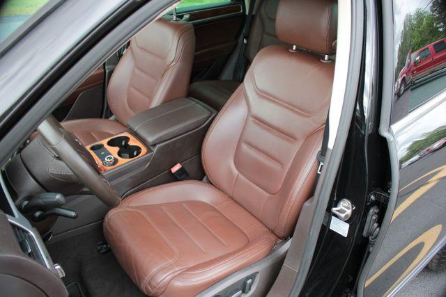 2012 Volkswagen Touareg Lux - Nav - Sunroof Mooresville , NC 24