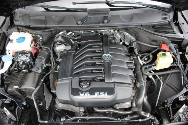 2012 Volkswagen Touareg Lux - Nav - Sunroof Mooresville , NC 27