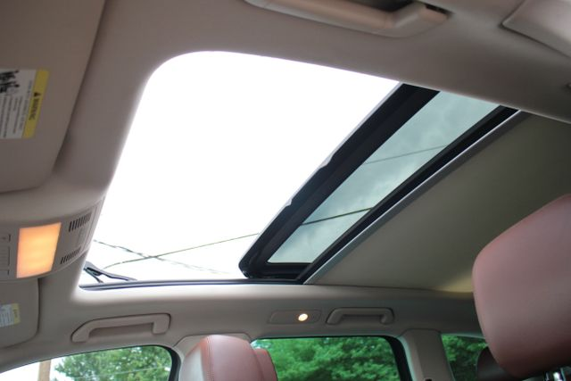 2012 Volkswagen Touareg Lux - Nav - Sunroof Mooresville , NC 30