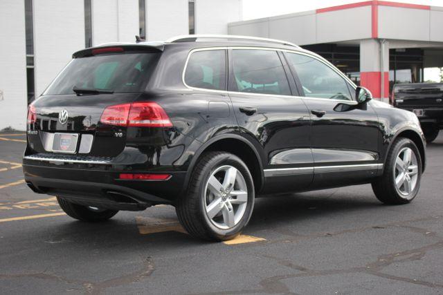 2012 Volkswagen Touareg Lux - Nav - Sunroof Mooresville , NC 4