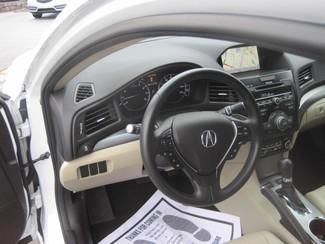 2013 Acura ILX 4dr Sdn 2.0L Tech Pkg Chamblee, Georgia 32