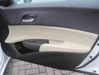 2013 Acura ILX 4dr Sdn 2.0L Tech Pkg Chamblee, Georgia 38