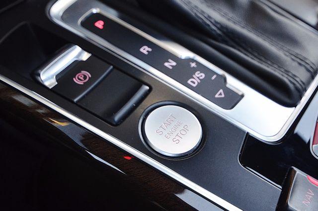 2013 Audi Q5 Premium Plus Reseda, CA 14
