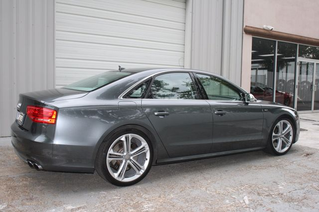 2013 Audi S8 Houston, Texas 3