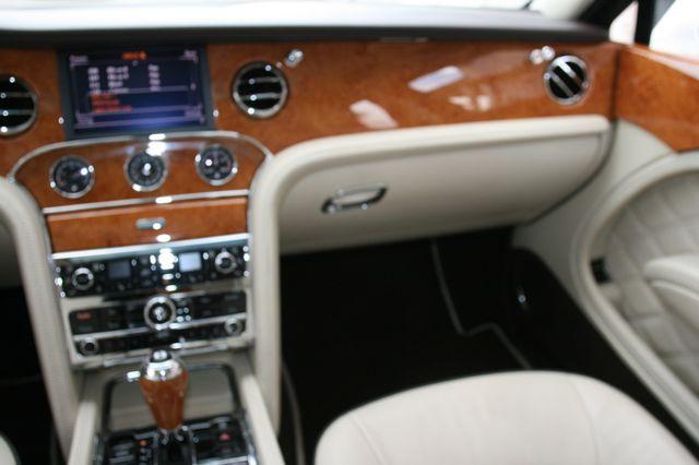 2013 Bentley Mulsanne Houston, Texas 16