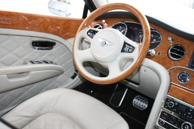 2013 Bentley Mulsanne Houston, Texas 18