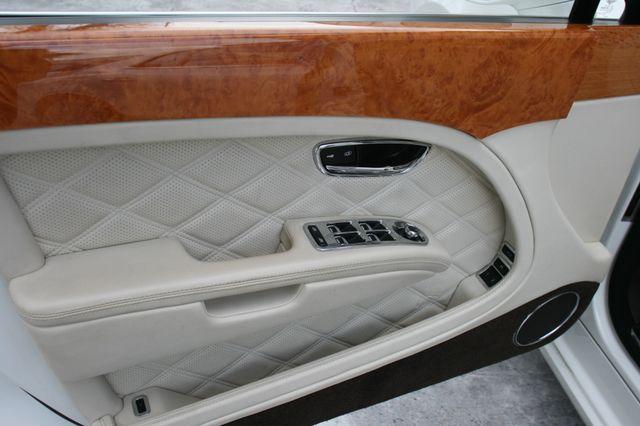 2013 Bentley Mulsanne Houston, Texas 24