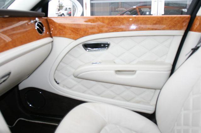 2013 Bentley Mulsanne Houston, Texas 30