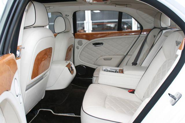 2013 Bentley Mulsanne Houston, Texas 32