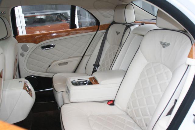 2013 Bentley Mulsanne Houston, Texas 33