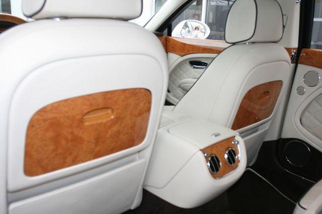 2013 Bentley Mulsanne Houston, Texas 37