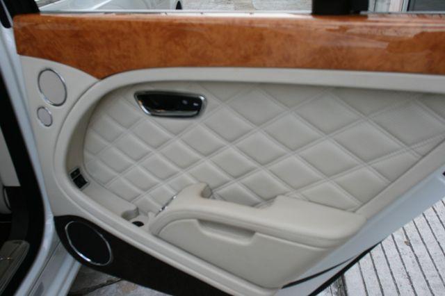 2013 Bentley Mulsanne Houston, Texas 41