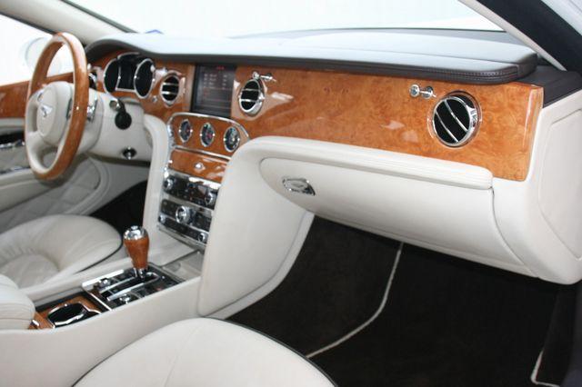 2013 Bentley Mulsanne Houston, Texas 46