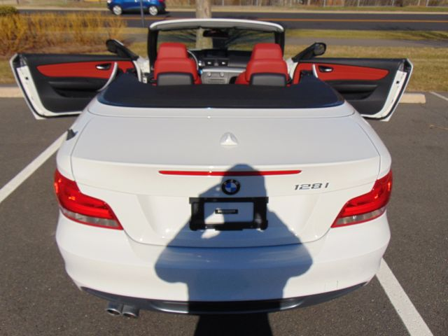 2013 BMW 128i SPORT/PREMIUM Leesburg, Virginia 24