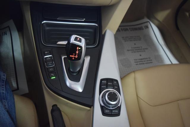2013 BMW 328i 4dr Sdn 328i RWD Richmond Hill, New York 16