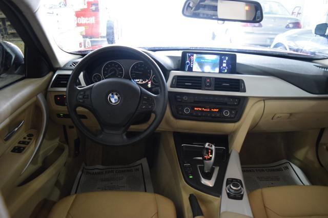 2013 BMW 328i 4dr Sdn 328i RWD Richmond Hill, New York 19