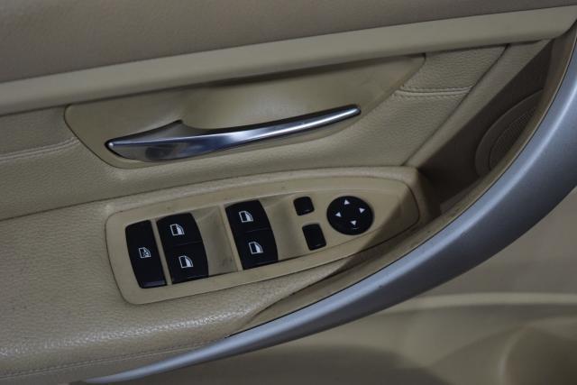 2013 BMW 328i 4dr Sdn 328i RWD Richmond Hill, New York 7