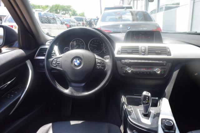2013 BMW 328i 4dr Sdn 328i RWD Richmond Hill, New York 5