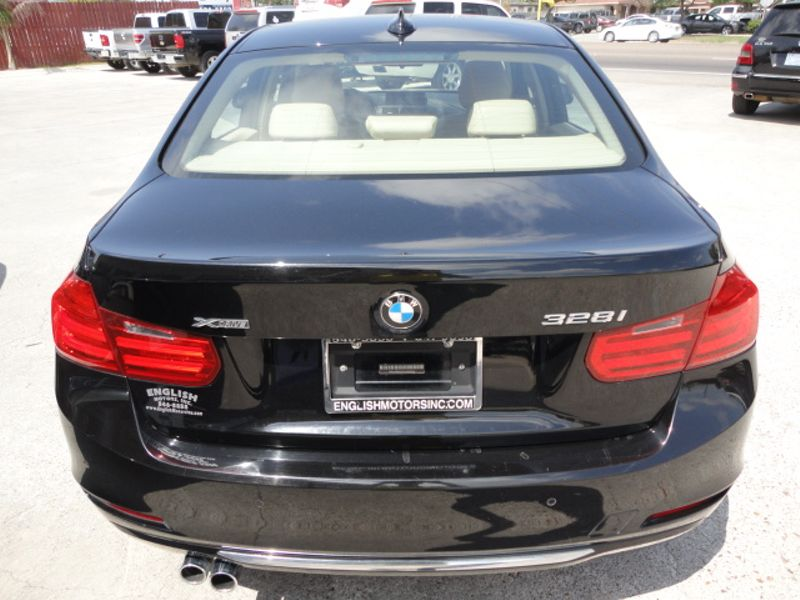 2013 BMW 328i xDrive   Brownsville TX  English Motors  in Brownsville, TX