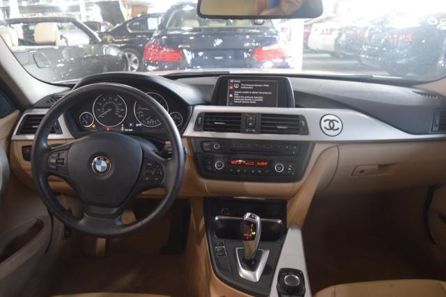 2013 BMW 328i xDrive 4dr Sdn 328i xDrive AWD SULEV South Africa Richmond Hill, New York 8