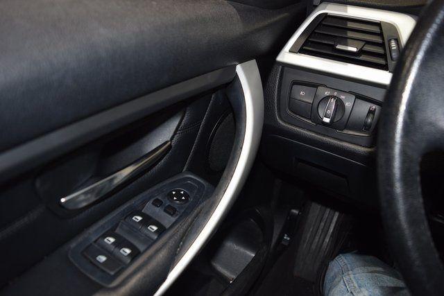 2013 BMW 328i xDrive 328i xDrive Richmond Hill, New York 32