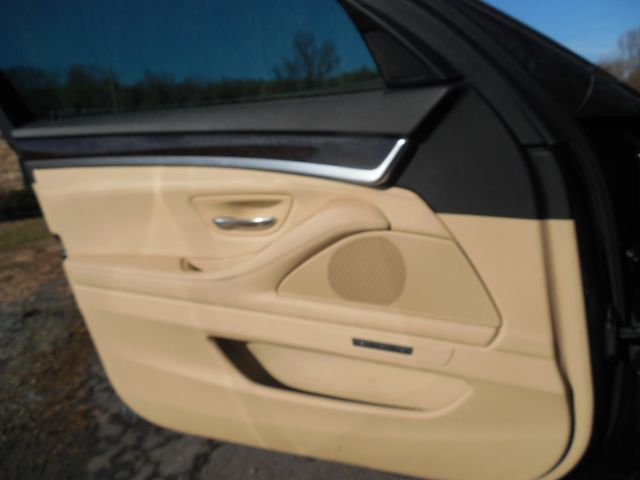 2013 BMW 528i Leesburg, Virginia 22