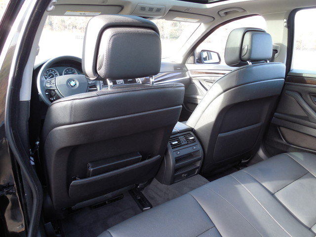 2013 BMW 528i xDrive XI Leesburg, Virginia 10