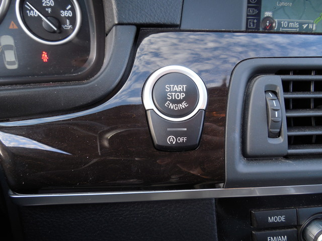 2013 BMW 528i xDrive XI Leesburg, Virginia 25