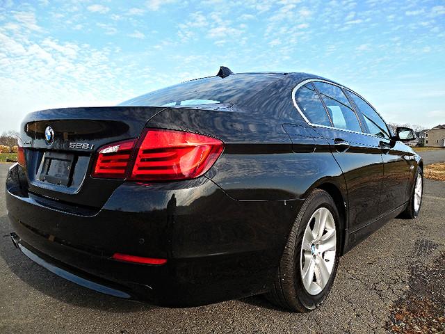2013 BMW 528i xDrive XI Leesburg, Virginia 2