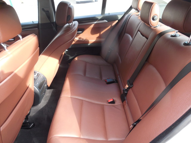 2013 BMW 528i xDrive Leesburg, Virginia 11
