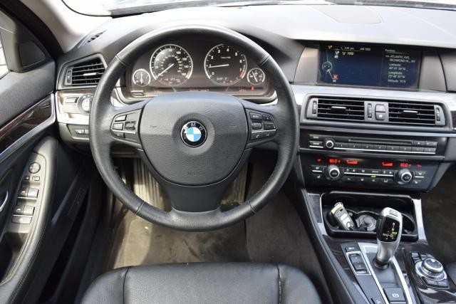 2013 BMW 528i xDrive 4dr Sdn 528i xDrive AWD Richmond Hill, New York 24