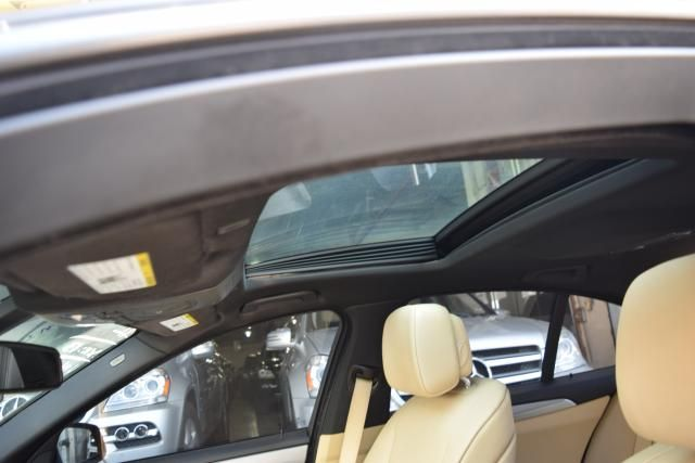 2013 BMW 535i 4dr Sdn 535i RWD Richmond Hill, New York 8