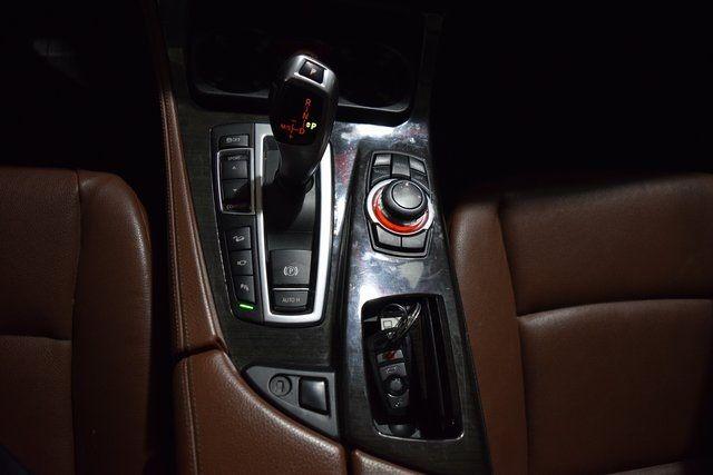 2013 BMW 535i xDrive 535i xDrive Richmond Hill, New York 21