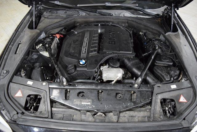 2013 BMW 535i xDrive 535i xDrive Richmond Hill, New York 32