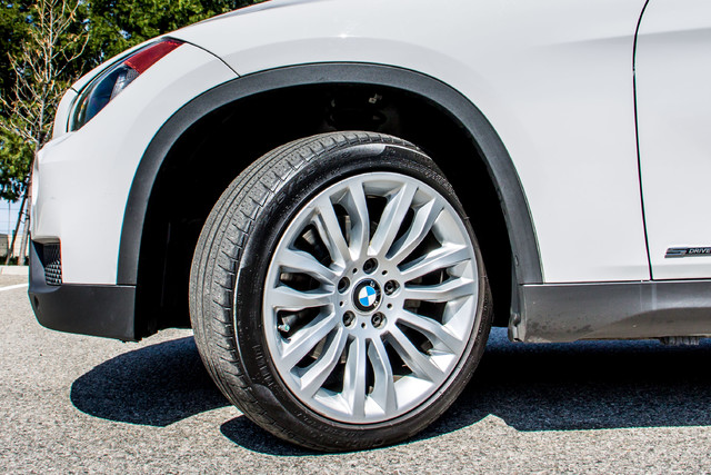 2013 BMW X1 28i AUTO - PREMIUM - PANORAMA - NAVI - 45K MILES Reseda, CA 12
