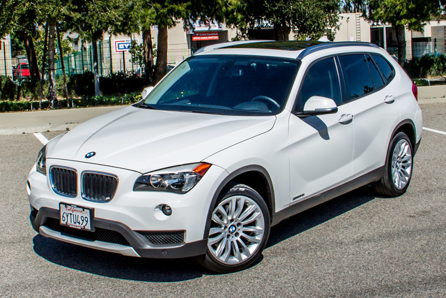 2013 BMW X1 28i AUTO - PREMIUM - PANORAMA - NAVI - 45K MILES Reseda, CA 1