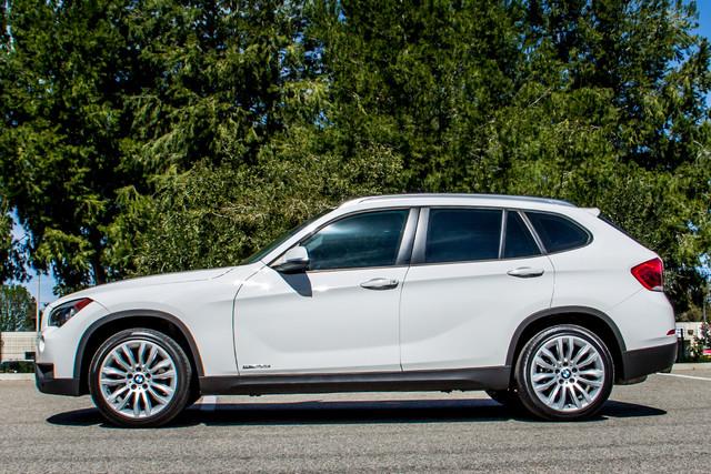 2013 BMW X1 28i AUTO - PREMIUM - PANORAMA - NAVI - 45K MILES Reseda, CA 5