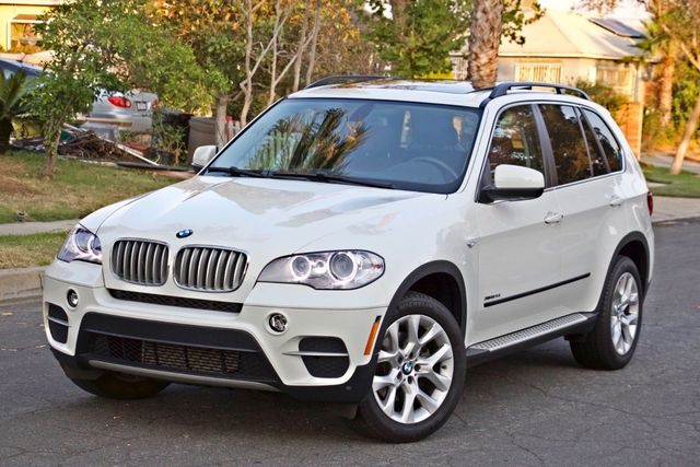 2013 BMW X5 xDrive35i Sport Activity NAVIGATION SYSTEM BLUETOOTH PANORAMA ROOF Woodland Hills, CA 1