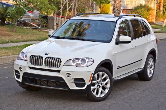 2013 BMW X5 xDrive35i Sport Activity NAVIGATION SYSTEM BLUETOOTH PANORAMA ROOF Woodland Hills, CA 2